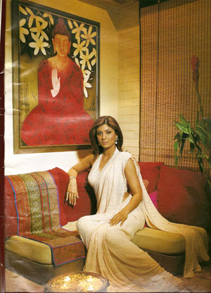 Shilpa Shetty with one of the art works she bought from Benchraft