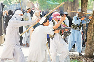 Clashes at Pak Lal Masjid